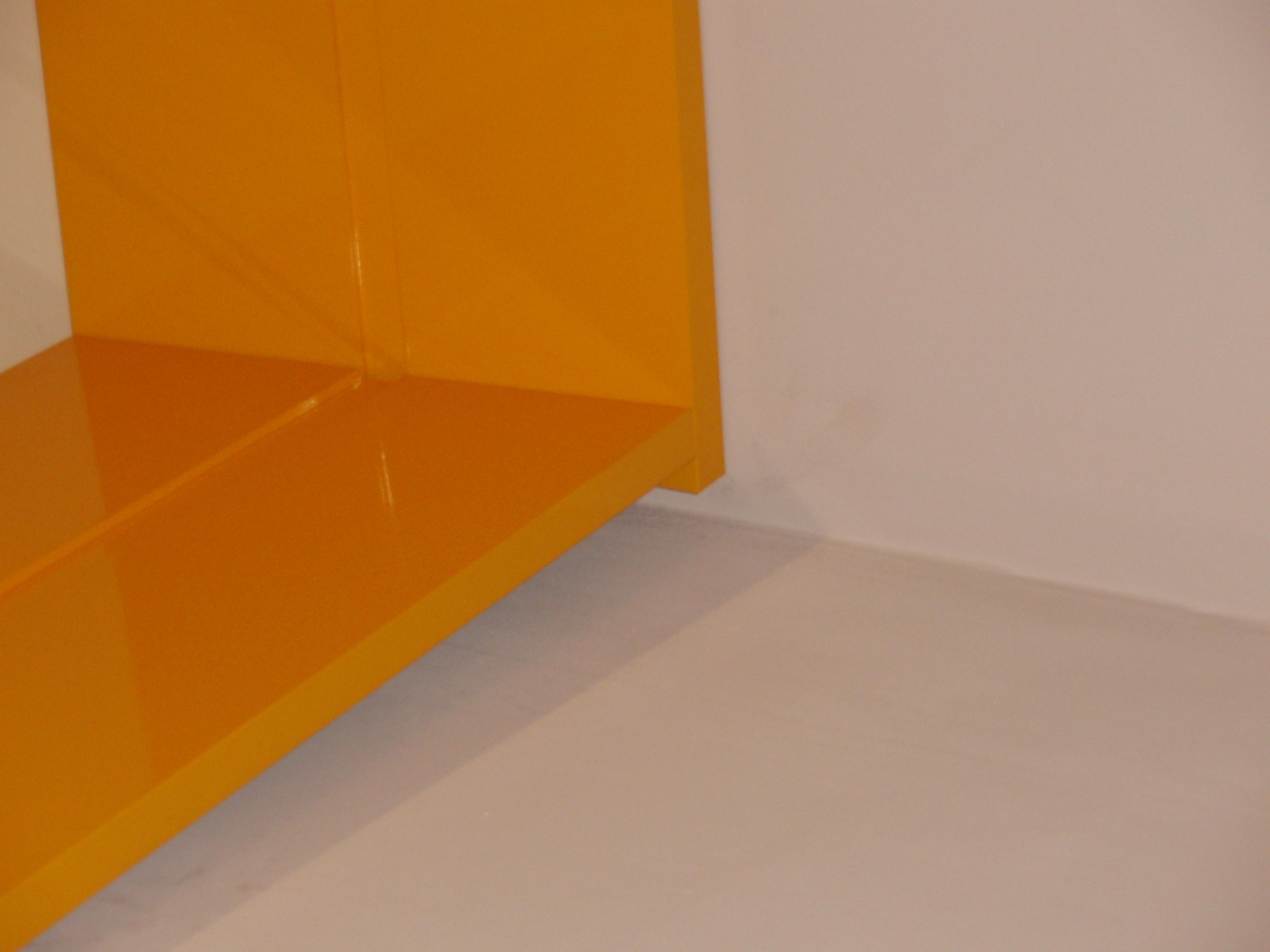 Место стыка композитных панелей